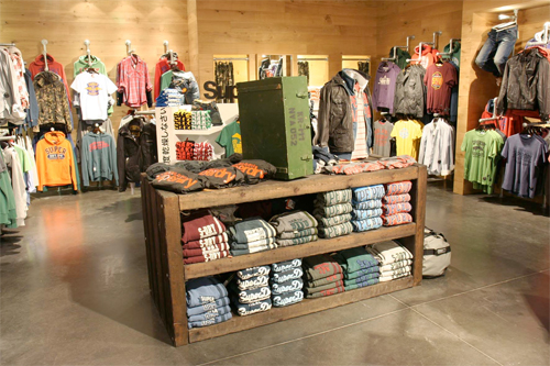 Clothing Store Layout - Shop Setup Ideas | T-Shirt Magazine